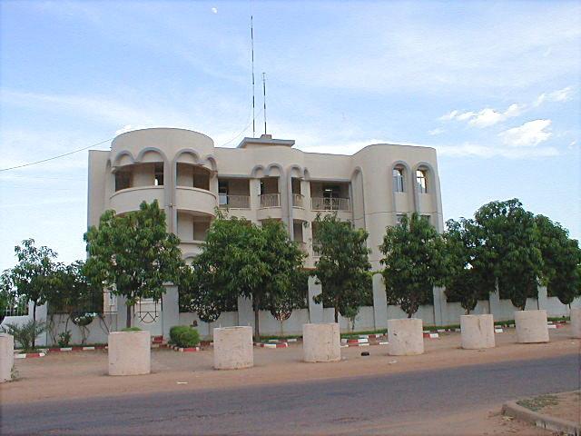local friend niamey